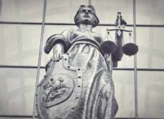 О символе Правосудия